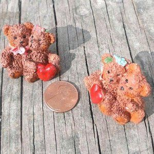 Miniature bear figurines